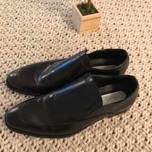 Kenneth Cole Never been worn shoes Size 13
